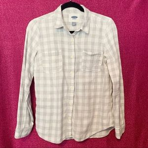 Tops - Old Navy Flannel Button Down Shirt